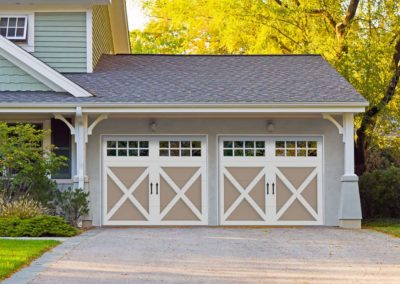 Chariot Court Rutledge Design with 6 Lite Aquare Windows and Blue Ridge Handles, in Sandtone/White